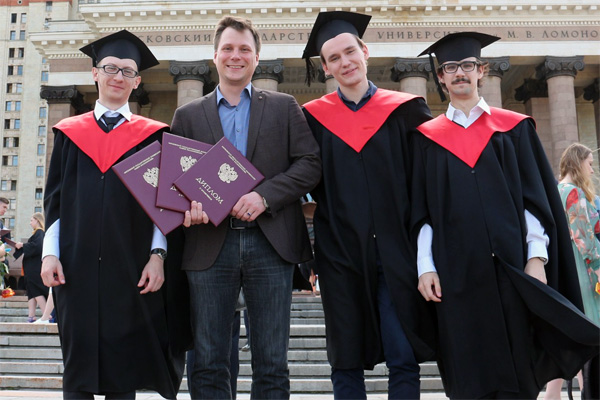 Head of the laboratory Alexey Tarasov with his students Nikolai Belich, Aleksei Grishko and Andrey Petrov